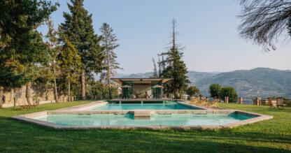 Panoramic tasting room with pool